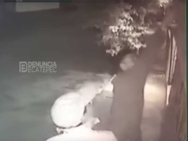 #Video Roban focos y se queman las manos