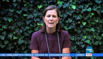 Lucía Legorreta de Cervantes, reportaje, servicio, demás