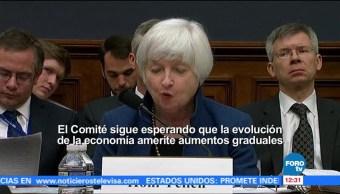 Janet Yellen, presidenta de la Reserva Federal de EU, prevé alza gradual, tasas de interés
