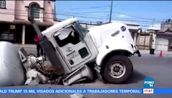 Cae camión, socavón, Reynosa, Tamaulipas