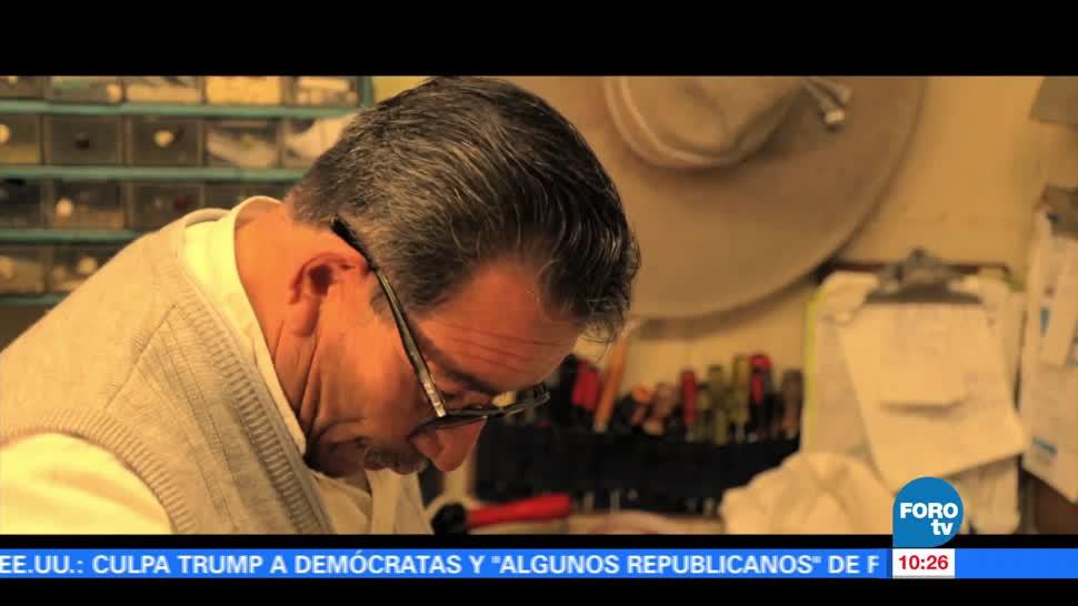 Juan de Dios Álvarez, confección, trajes de charro, oficio