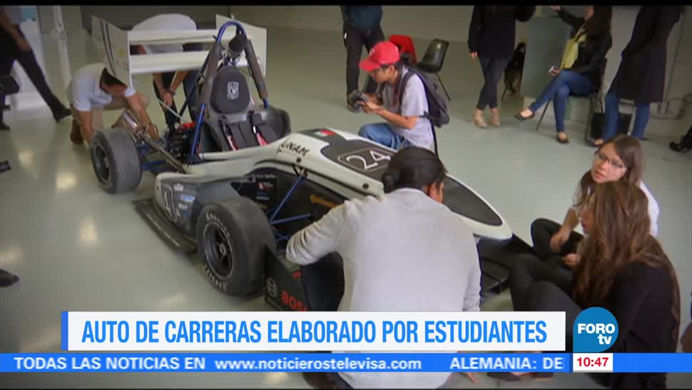Eduardo Saint Martin, reportaje, auto de carreras, estudiantes
