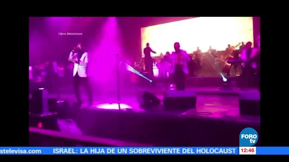 40 músicos, miembros del equipo, grupo musical Ángeles Azules, Tlaxcala