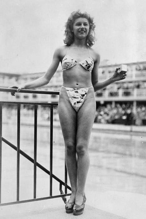 Resultado de imagen para 1957 Brigitte Bardot, bikini Festival de Cannes