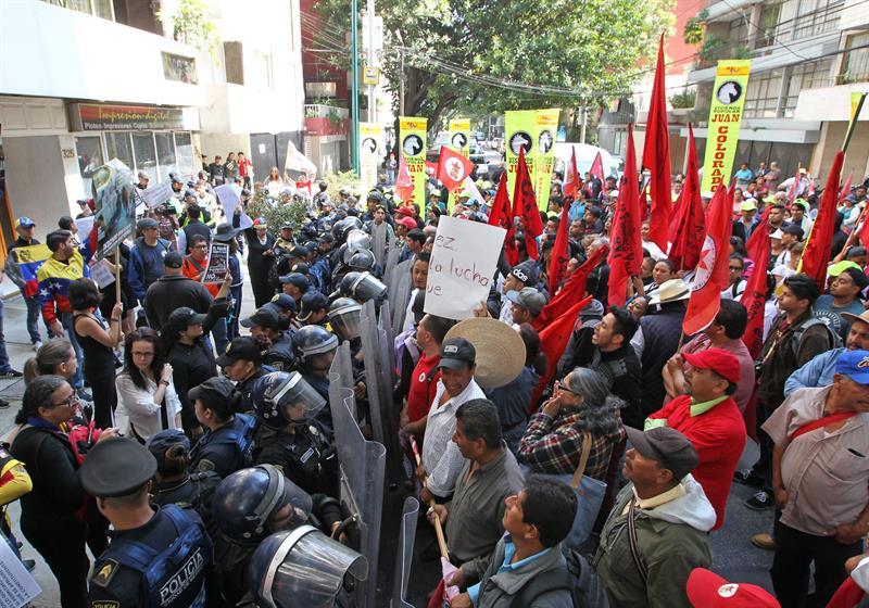 Manifestantes Maduro Cdmx Protesta Nicolas Maduro