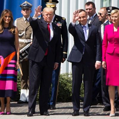 Primera dama de Polonia ignora saludo de Donald Trump