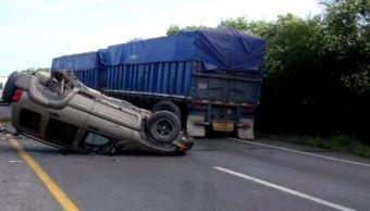 accidente vehicular en monterrey, hay un lesionado