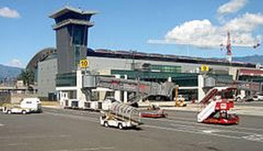 aeropuerto internacional juan santamaria