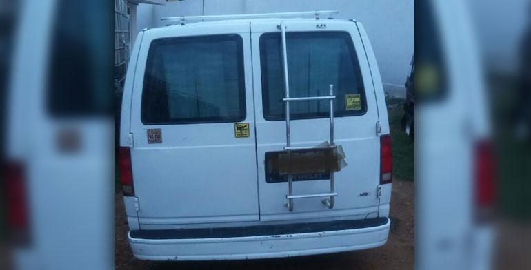 Aseguran en Hidalgo camioneta con combustible robado