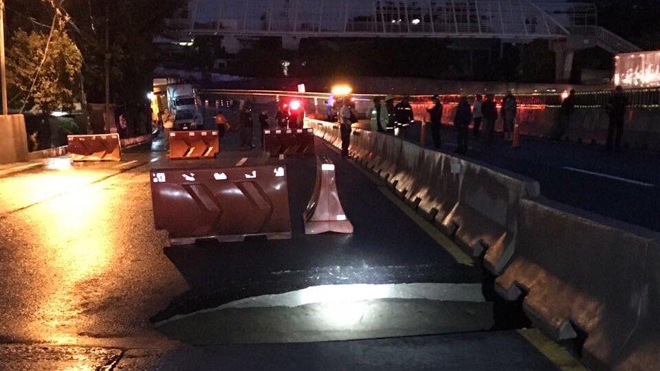 Paso express de autopista mexico cuernavaca esta cerrado