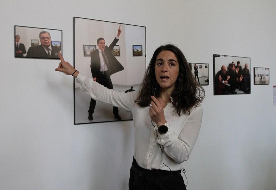 Babetter Warendorf, curadora de World Press Photo 2017. (Notimex)
