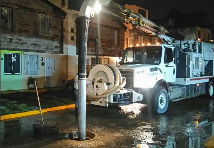 camion vactor desazolva vialidades en tultitlan