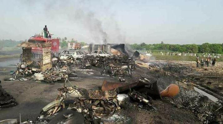 choque vehiculo gasoducto deja muertos pakistan