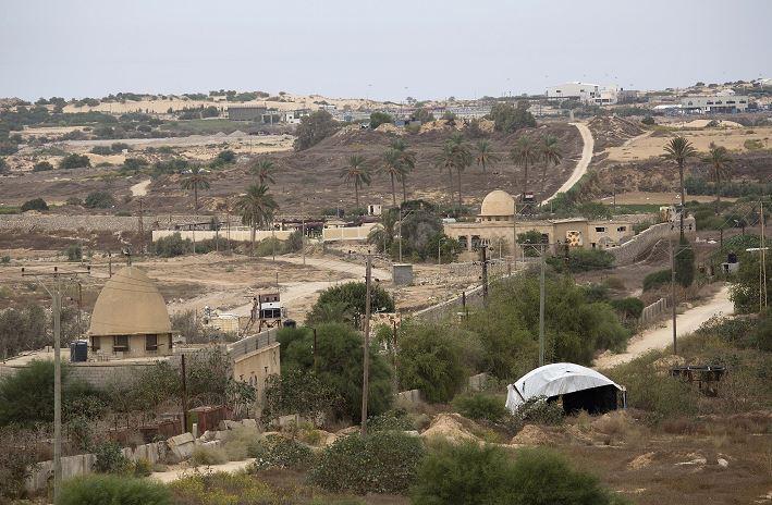 soldado egipcio, torre de vigilancia, Rafah, Franja de Gaza