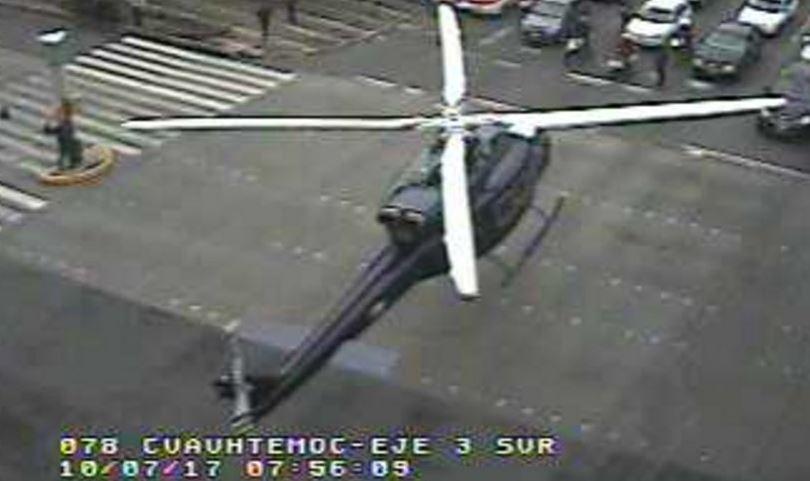 condor aterriza en avenida cuauhtemoc, cdmx