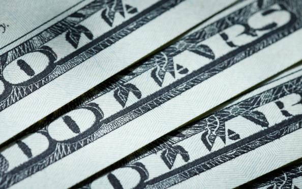 Dolar Cierre Alza Pesos Moneda Tipo