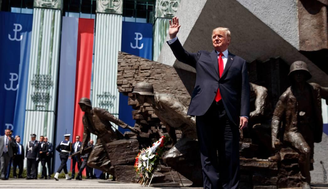 Donald Trump llega a Plaza Krasinski de Varsovia