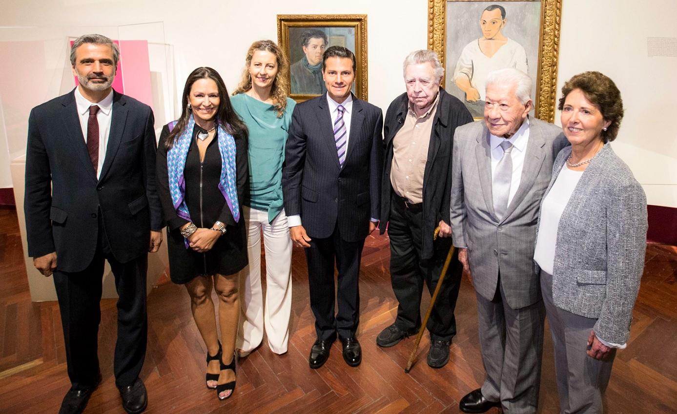Enrique Peña Nieto recorre exposición de Picasso y Rivera en Bellas Artes