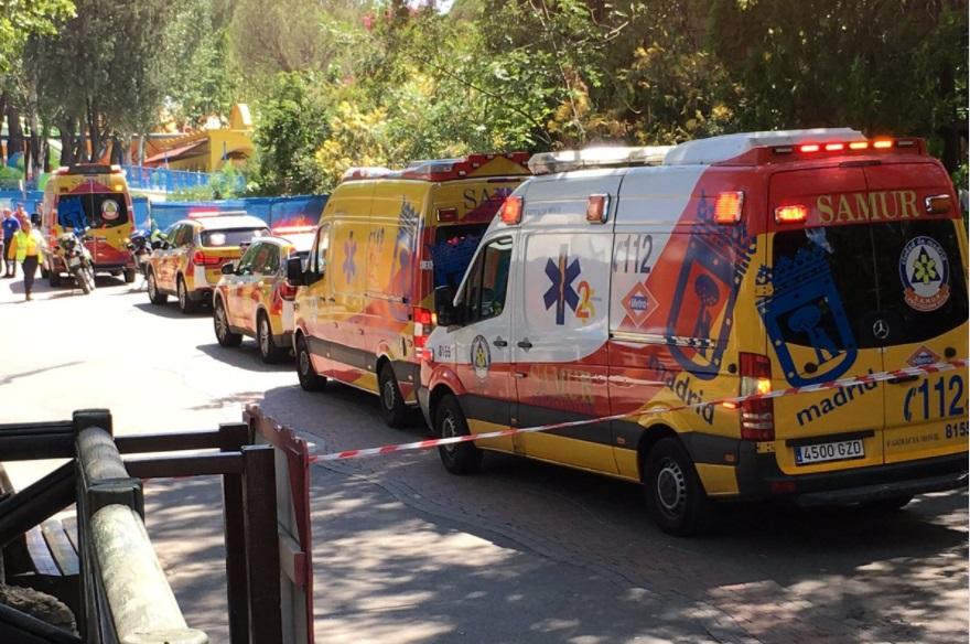 Servicios médicos y de emergencias acuden al Parque de Atracciones de Madrid (Twitter:@pulpulSkap2)