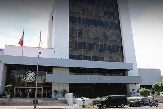 Fachada del edificio de la PGR en Jalisco
