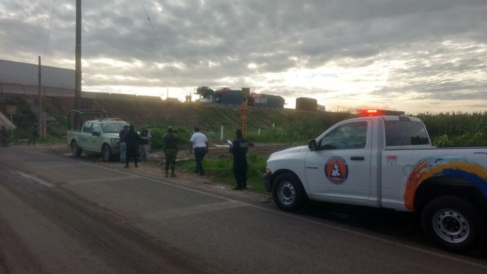 autoridades atienden una fuga de combustible en puebla