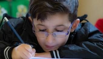 Fundación Clooney abrira escuelas refugiados sirios