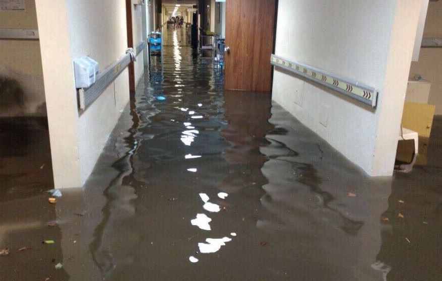 Hospital, la Villa, Permanecerá, Cerrado, Lunes, Inundación, Limpieza, Sanitización