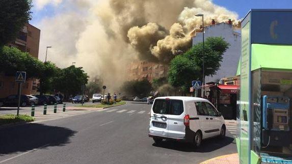 San Fernando, Incendio, California, Electricidad, Personas, Suministro, Fuego