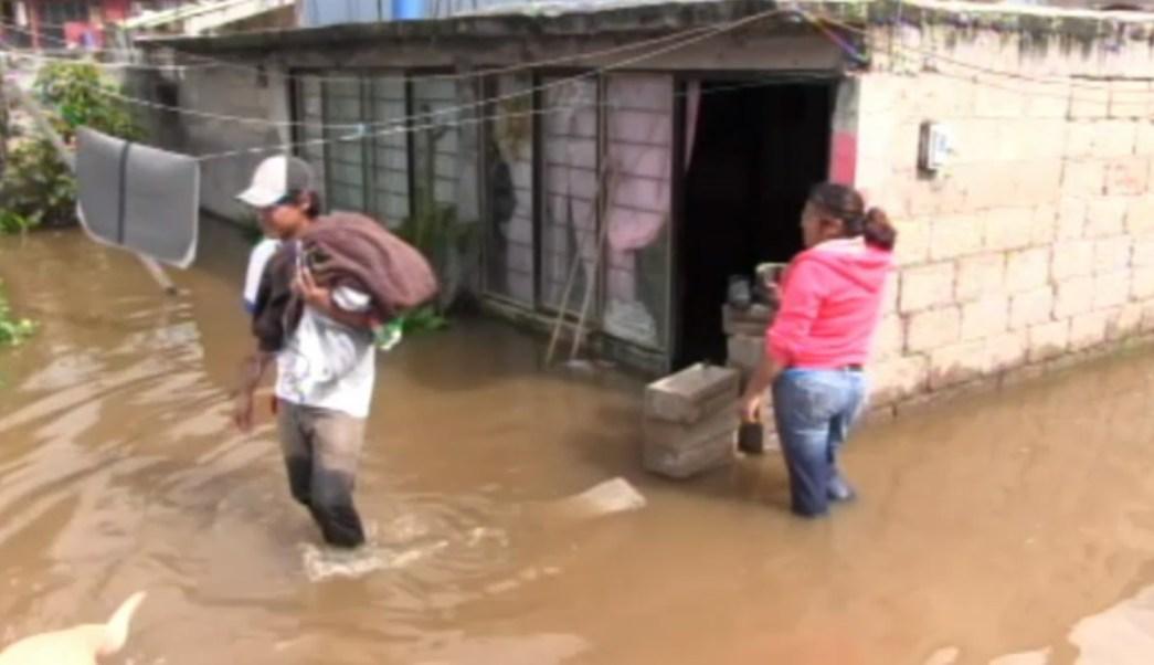 Lluvias afectan viviendas en el valle de mexico