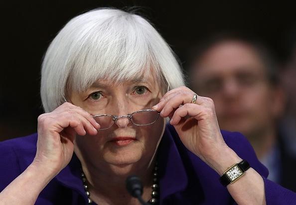 Minutas muestran división sobre inflación en la Fed, que preside Janet Yellen