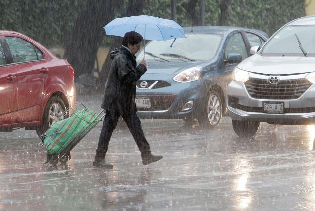 Alertan por fuertes lluvias en CDMX