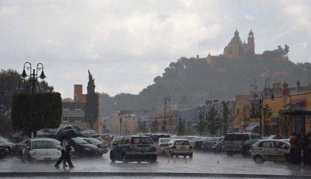 Lluvias en Cholula, Puebla, causan afectaciones y derrumbes en zona arqueológica