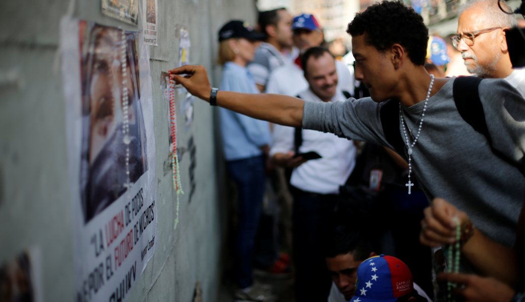 Venezolanos homenajean muertos protestas gobierno Maduro