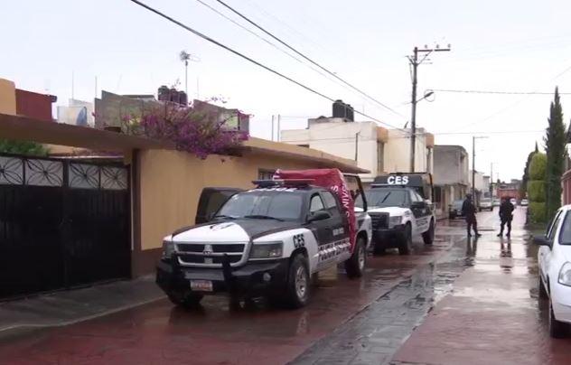 Peritos de la PGR catean instalaciones de Megacable (Noticieros Televisa)