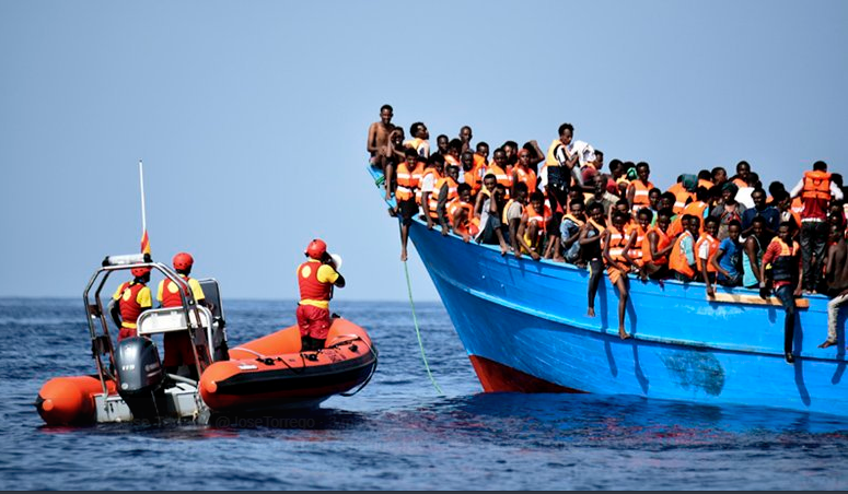 Migrantes africanos rescatados en el Mediterraneo