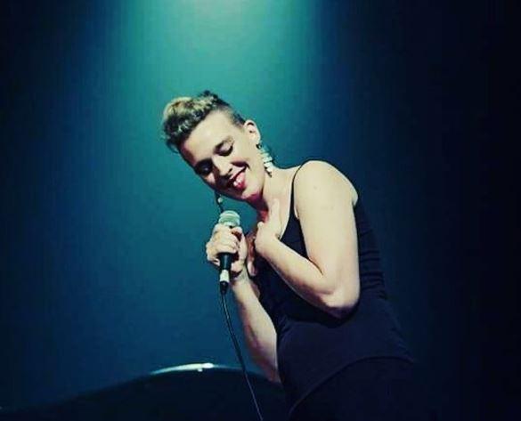 muere la cantante francesa barbara weldens