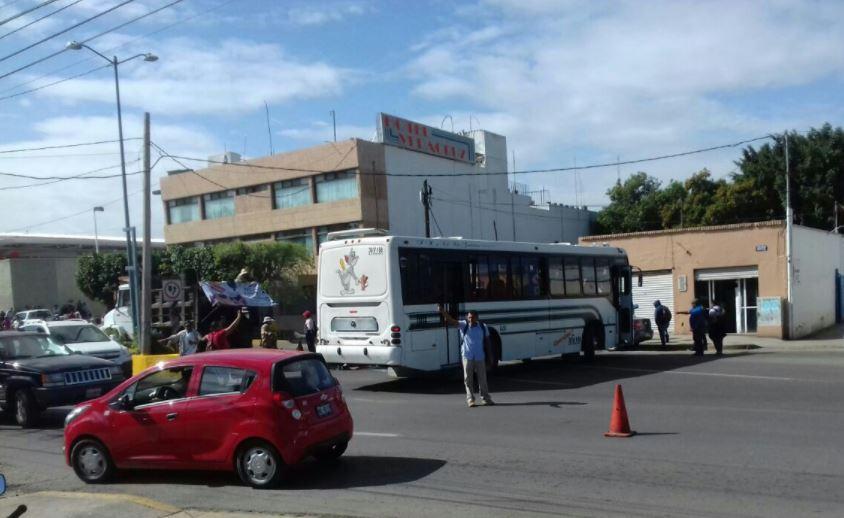 Oaxaca, Cnte, Cordinadora, Bloqueos, Normalistas, Aeropuerto, Terminal de autobuses