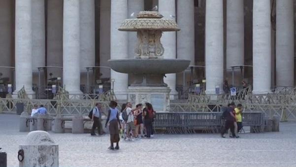 Vaticano cierra centenar fuentes sequia Roma