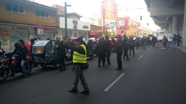 Mototaxistas torean operativos policiacos implementados Tláhuac