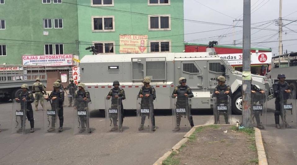 Operativo en panteón de San Lorenzo Tezonco deja 2 detenidos