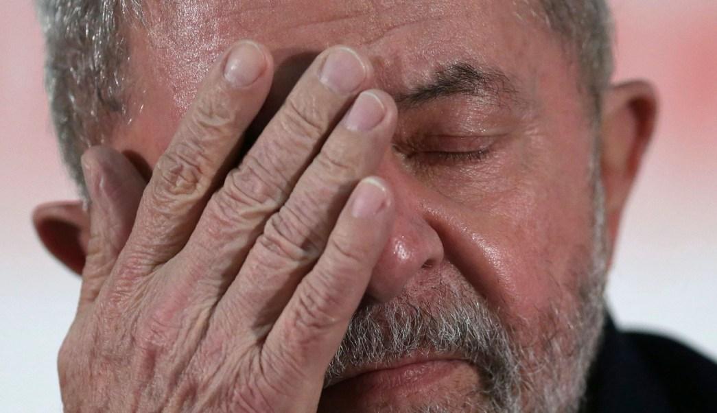 Por corrupción, sentencian al expresidente de Brasil Lula da Silvia