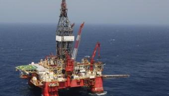 El barril de petróleo se vendió a 43.32 dólares. (Notimex Archivo)