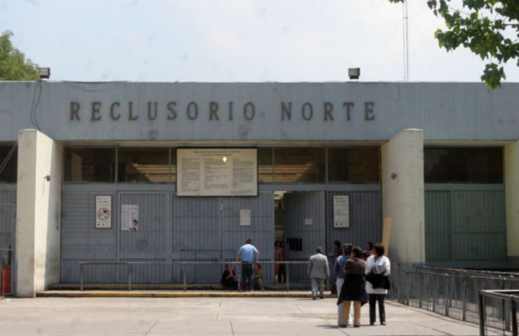 Trasladan a 160 reos de Santa Martha a Centro de Seguridad Penitenciaria