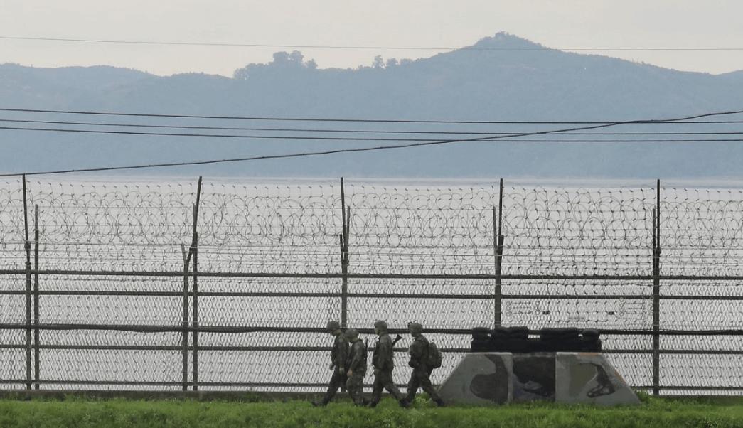Soldados de Corea del Sur en frontera con Corea del Norte