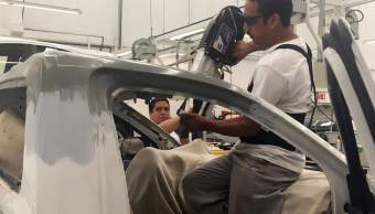 Taller de hojalateria y repintado en Nissan Mexicana