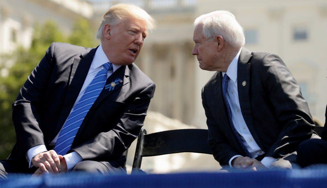 Trump Confiesa Decepcionado Jeff Sessions fiscal Rusiagate