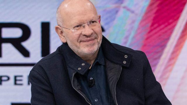 Raymundo Riva Palacio es titular del noticiero Estrictamente Personal en Foro tv