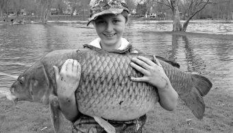 Estados Unidos, niño, pesca, carpa, récord, Vermont