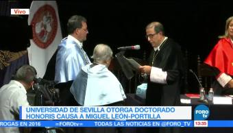 Recibe Miguel León Portilla Doctorado Honoris Causa