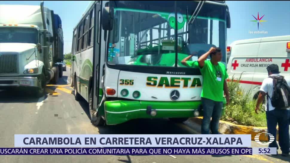 Tráiler provoca carambola en carretera de Veracruz - Noticieros Televisa